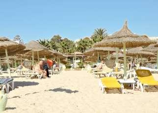 Nesrine Tunezja, Hammamet
