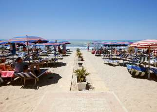 Mel Holiday (ex. Fafa) Albania, Riwiera Albańska, Golem