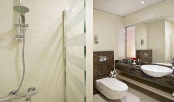 Al Khoory Executive (ex Corp Executive) - łazienka
