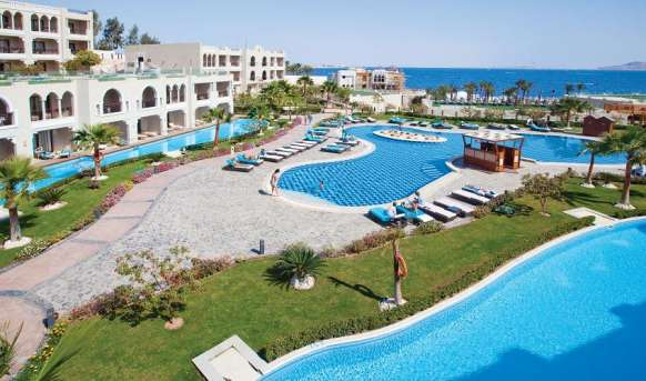 Sunrise Arabian Beach Resort - basen