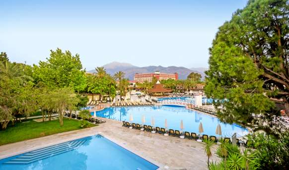 Pgs Kiris Resort - basen