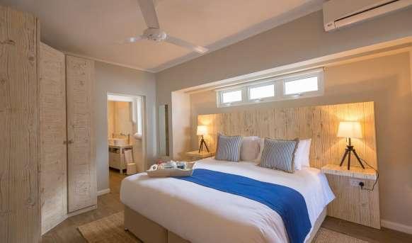 Le Nautique Luxury Beachfront Apartments