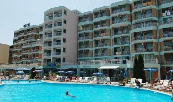 Delfin (Sunny Beach) - basen
