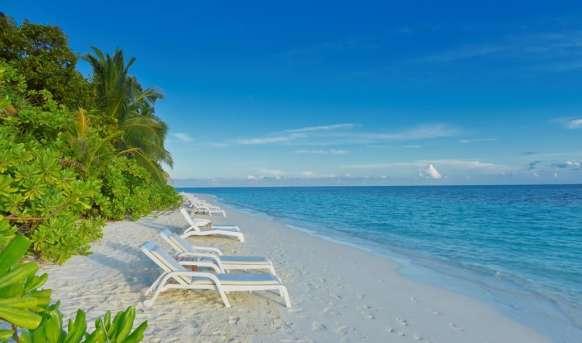 Angaga Island Resort & Spa