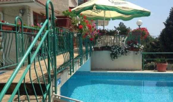 Zora (Sunny Beach) - basen