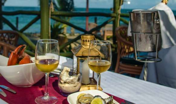 Sarova Whitesands Beach Resort & Spa - restauracja