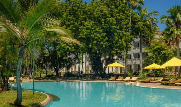 Sarova Whitesands Beach Resort & Spa - basen