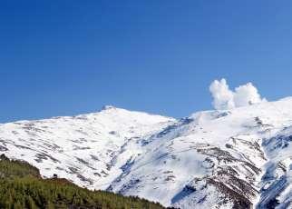 Sierra Nevada narty
