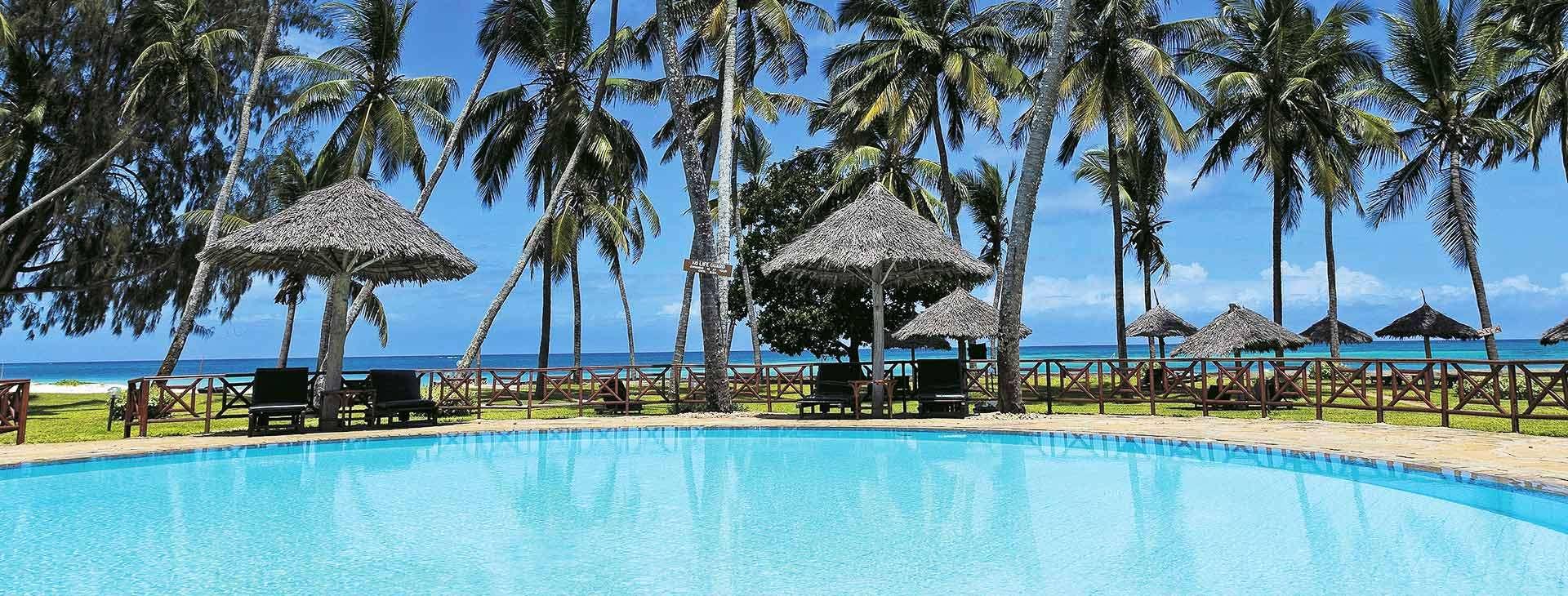 Neptune Paradise Village - basen