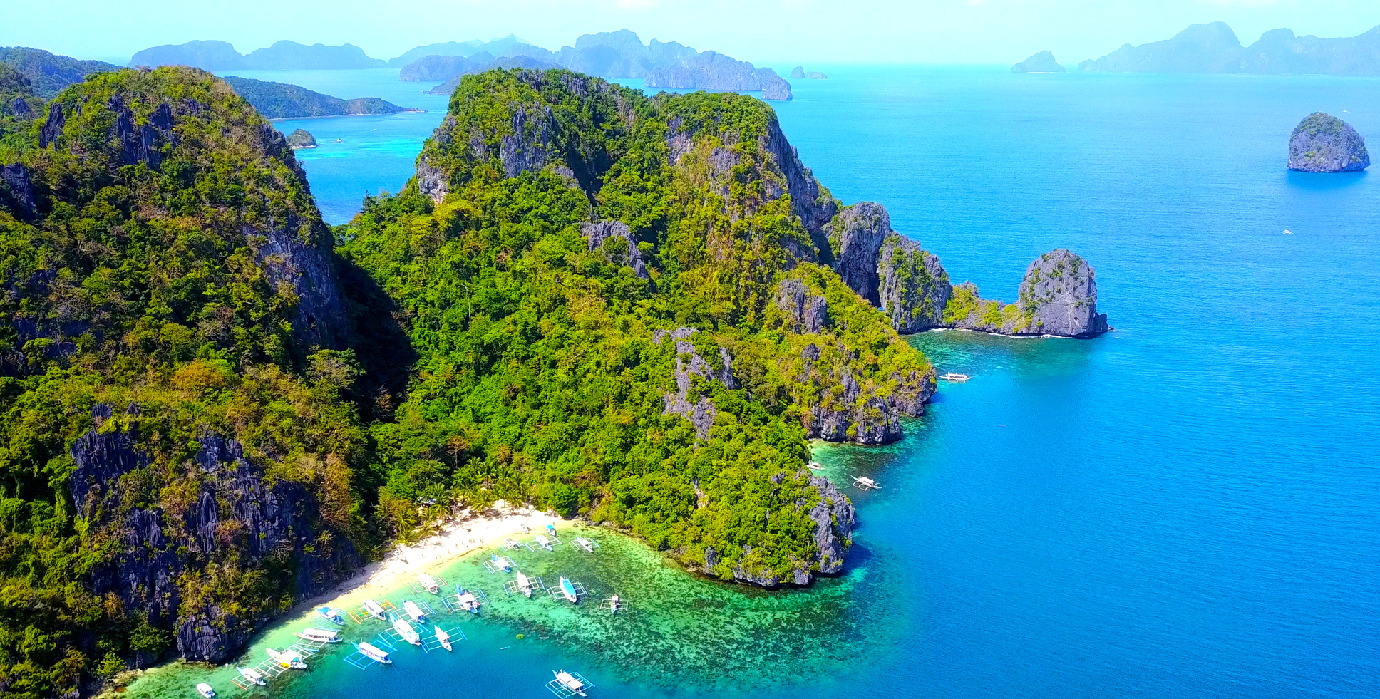 Nasze bezpieczne biuro podróży Logos Travel oferuje Państwu wycieczki na trasie Filipiny – Borneo – Brunei.