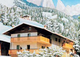Cesa Salin Włochy, Trentino, Campitello Di Fassa