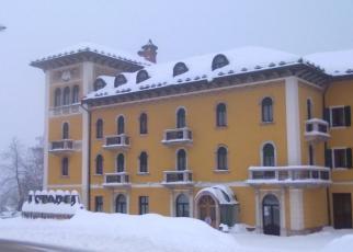 Grand Hotel Astoria Włochy, Trentino, Chiesa
