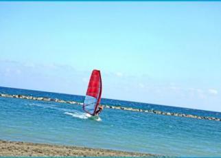 Poseidonia Beach Cypr, Limassol
