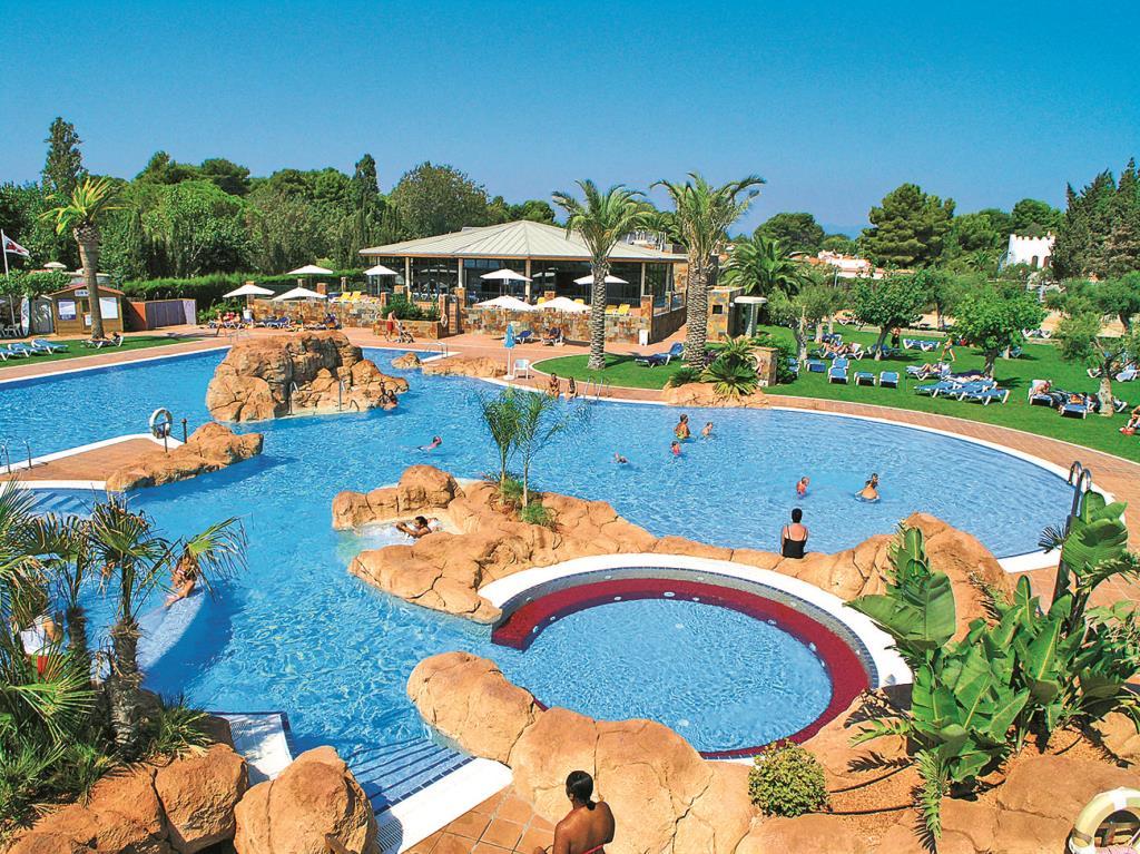 Hotel estival eldorado resort hiszpania costa dorada for El dorado cabins