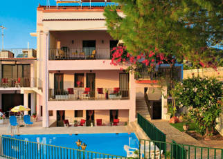 Stroubis Studios Grecja, Chios, Karfas