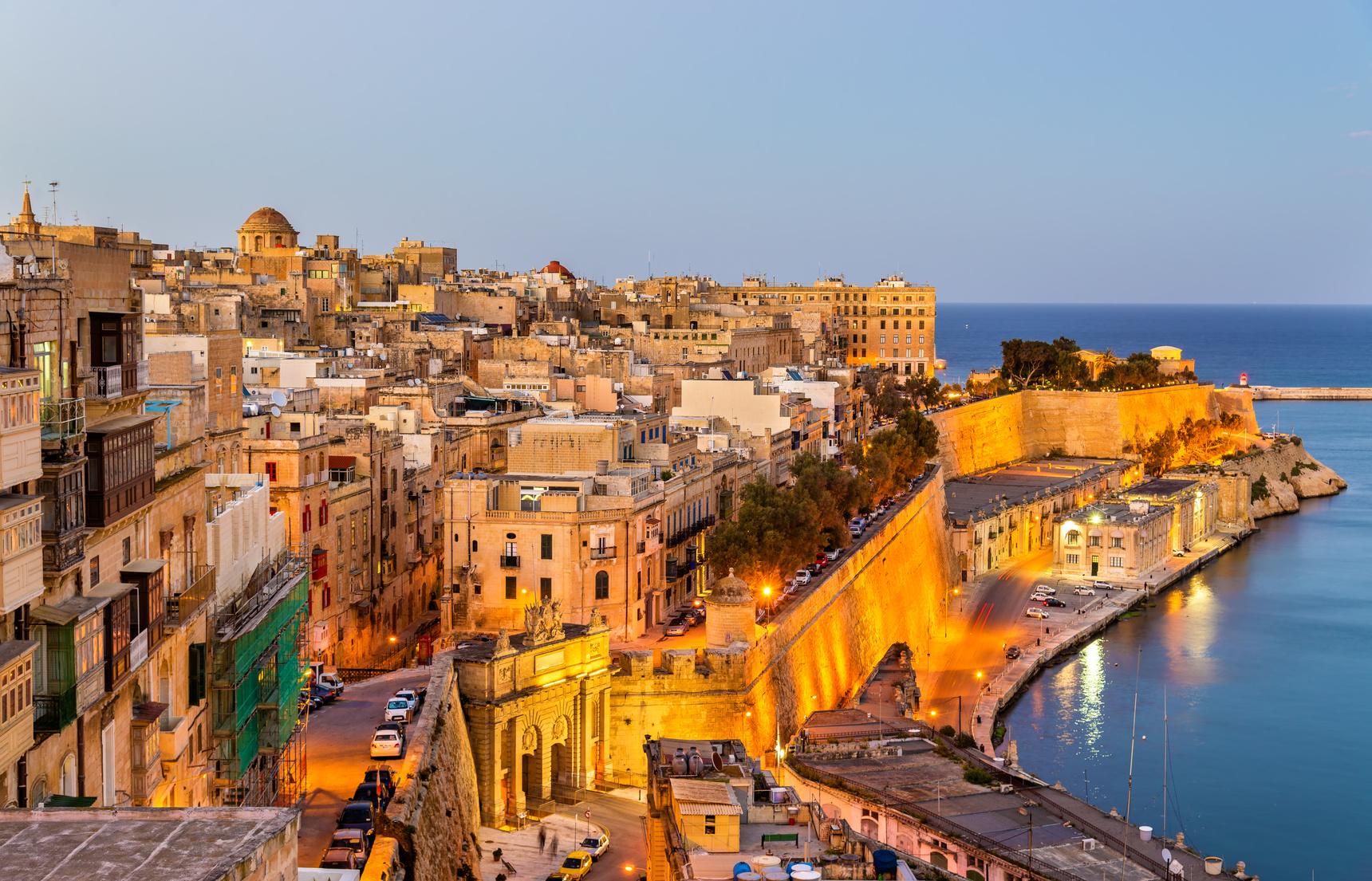Pełna zabytków Malta na urlop przez cały rok. Zobacz oferty!