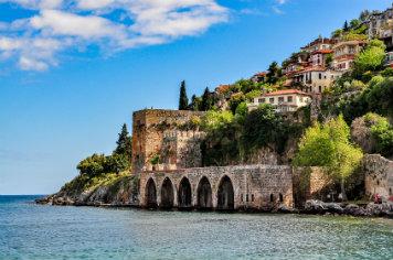 Alanya – wczasy i wycieczki w Turcji